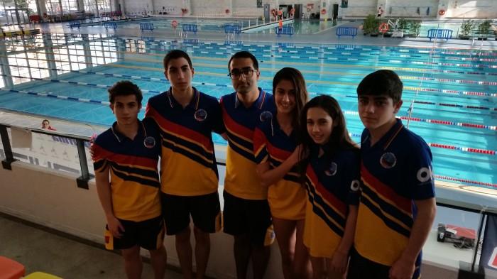 Campeonato de andalucia infantil junior de invierno for Piscina cubierta linares